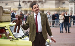 rowin atkinson Mr. bean londen buckingham palace 25 jaar verjaardag boomerang TV