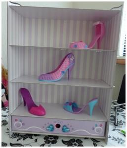 I love shoes Ravensburger recensie review schoenenkast schoenenrek high heels pumps sandalen ontwerpen hakken meisjes showen