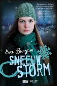 Sneeustorm Eva Burgers Kluitman jeugdthriller recensie review Oostenrijk Kirchberg verdwijning skiën