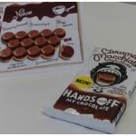 Hands Off My Chocolate Caramel Macchiato chocolade reep stukjes blokjes rondjes eind November Jumbo Albert Heijn koffie koffiespecialiteit koffievariant caramel zout espresso koffierecept recensie review