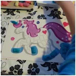 SES Fun Maïs Fantasie Paarden bouwstenen voorbeeld voorbedrukt karton mesje sponsje water knutselen SES recensie review paarden eenhoorn kunstwerk 3+