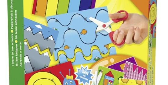 SES Ik leer knippen knutselen creatief leren veilige schaar kinderschaar papier geen haar textiel knipopdrachten vellen genummerd SES Ik leer knippen XXL kaarten metalen schaar fijne motoriek knippen recensie review zakdoek haar
