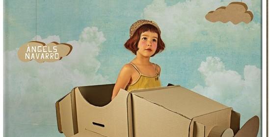 Van karton Angels Navarro De Vier Windstreken informatief knutselen recensie review bouwwerken stap voor stap poppenhuis auto winkel kartonnen doos voorbeeld maken patronen tips trucs Sinterklaas surprise zwaard