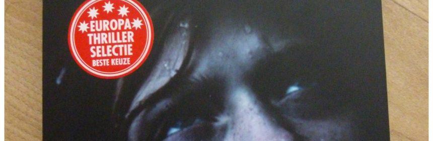 Ontspoord Kallentoft & Lutteman thriller recensie review Xander uitgevers jongetje opgesloten kooi politie bericht livestream ontvoering inspecteur probleem drugs drugscircuit gruwelijkheden film levensecht eenzaamheid machteloosheid bevrijden beelden vriend goed en kwaad