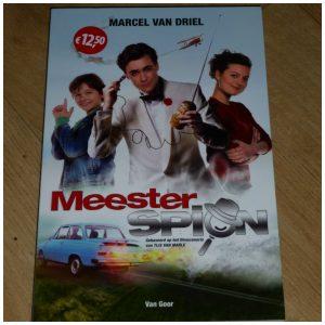 Meesterspion Marcel van Driel Van Goor Zelf Lezen recensie review spannend spionnen spionage