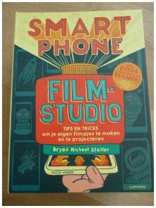 Smartphone Filmstudio Uitgeverij Lannoo beamer projecteren bioscoop cinema filmavond recensie review Brian Michael Stoller