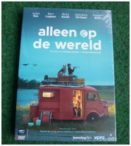 Alleen op de wereld DVD Alle Leeftijden Just4Kids VPRO televisie afleveringen 20 x 10 minuten vondeling recensie review