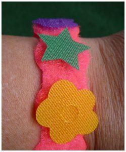 SES Klittenband Armbanden maken knutselen veranderen figuren eenvoudig zelfstandig recensie review