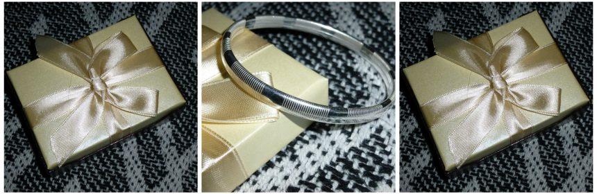 Slavenarmband van Mostert Juweliers sieraad armband zilver goud bicolor staal assortiment webshop webwinkel dopsluiting cadeaudoosje cadeau kado recensie review