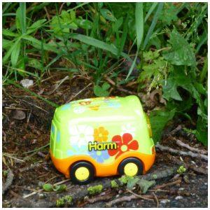 V-Tech Harm Hippiebus speelgoedauto Zoef Zoef Dierne Toet Toet Auto speelsets sensoren liedjes melodietjes interactief reis formaat recensie review