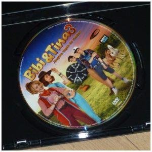 DVD Bibi en Tina 3 De jongens tegen de meiden Film Just4Kids bioscoop paardenkamp strijd magie toverkracht winnen bosbrand avontuur recensie review
