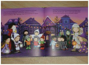 Luuk en Lotje Het is Halloween! Ruth Wielockx griezelen spoken heksen prentenboek enge dingen bang zijn niet echt tekeningen griezeltocht pompoen recensie review