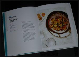 Gezondheid Geluksfactor 10 Carolina van Dorenmalen Carrera Culinair boek blog Foodie-ness vlogger YouTube dromen durven doen dankjewel voedingsschema's doelen stellen recepten work-outs positief denken tips enthousiasme hulpmiddel steuntje in de rug periode recensie review