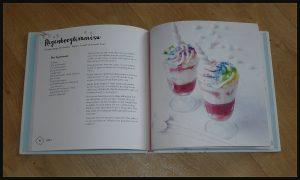 I Love Unicorn Food Sandra Mahut kookboek Uitgeverij Becht eenhoorn fantasiegerechten zoet hartig kleuren regenboog galaxy natuurlijke kleurstoffen natuur- voedings- gezondheidswinkels pasteltinten Instagram Facebook winnen winactie recensie review