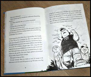 De vreselijke twee slaan door! Mac Barnett Jory John Kevin Cornell zelf lezen graphic novel zomervakantie kamp directeur pranks wraak raddraaiers tekeningen recensie review