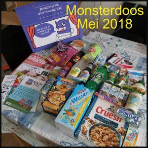 Monsterdoos #monsterdoos boodschappen koken snacks snoep tijdschriften losse box boodschappenpakket unboxing video overzichtsfoto koetjesrepen mentos ontspanning recensie review