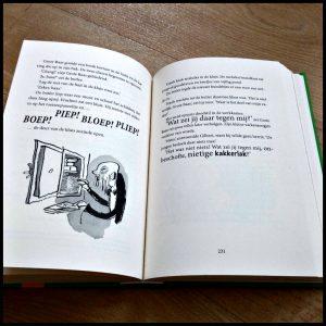 Papa Bandiet David Walliams Zelf Lezen Clavis leeservaring Oma Boef graphic novel tekeningen supergrappig hartverwarmend autocoureur chauffeur vluchtauto gevangenis medeplichtig Grote Baas geld terugbrengen recensie review