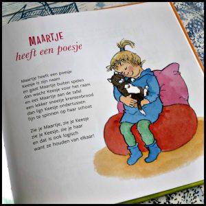 Een taart voor Tess en andere vrolijke voorleesversjes over eten Marianne Busser Ron Schröder Van Holkema & Warendorf Dagmar Stam voorlezen rijmpjes versjes rijmvorm tekeningen recensie review
