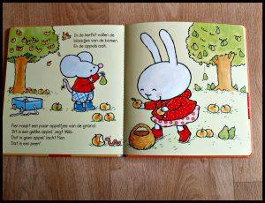 Herfst met Fien en Milo Pauline Oud prentenboek Clavis herfst seizoenen verzamelen bladeren paddenstoelen kastanjes beukennootjes knutselen herfstspulletjes bos tekeningen recensie review
