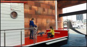 Kids & the City Eva Munnik Spectrum wereldsteden stedentrip kinderen buggyproof stad go no go wijken bezoeken speeltuintjes activiteiten bezienswaardigheden plezier kinderen Antwerpen Rotterdam gids reisgids success plattegrond Google Maps route ontdekken recensie review