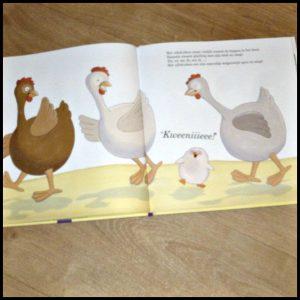Pauwtje Pio en het uilskuiken Ruth Brillens prentenboek Clavis positief complimenten vogelparadijs gezang luisteren rijmen recensie review