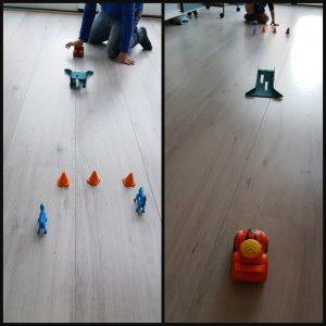 Little Tikes Slammin'Racers Stunt Jump 5+ speelgoed speelgoedauto wegblokkades pylonnen schans raceauto racegeluiden set speelgoedset knop spleen vloer stunt uitbreiden recensie review