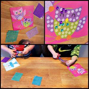 SES Diamant Mozaïek SES Daimond Mosaic SES Creative knutselen afbeeldingskaarten mozaïeksteentjes Daimond painting kinderen plakkende steentjes kunstwerkje activiteit leuk schitterend glinsterend jammer vastgeplakt 3+ recensie review