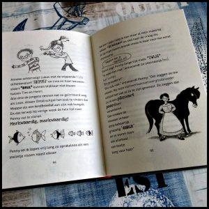 Plotseling Pony 2: Schoolreis op hol Patricia Schröder De Vier Windstreken graphic novel zelf lezen tekeningen boekenreeks paardengekken Plotseling Pony 1: Het gekste paard van stal school zomervakantie bellen buurmeisje klas noodlot klasgenoot ringtone paardengehinnik verandert probleem tekst jeugd kinderen herkennen ringtone beltoon schoolkamp vormgeving avontuur uitgekeken recensie review