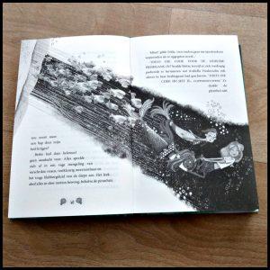 vinnige zeemeerminnen Sibéal Pounder zelf lezen voorlezen voorleesboek Moon zomervakantie land staart dringend koningin onderwaterwereld redden paleis inktvisseinkt pranha's zwemmen periscoop schelpenjacht zeepaardje onderzoek geweldig woordspelingen hit vlot geschreven tekenignen beeldvorming lezen tweede deel vervolg avonturen recensie review