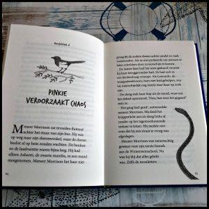 De school van de magische dieren Margit Auer Zelf Lezen Lannoo deel twee fragment vervolg illustraties schrijfster feiten dieren details vlot fantasie pratende dieren lettertype wintersteinschool magische dieren vriend nodig kinderen spannende avonturen juf Mortimer Morrison geheimzinnig raadselachtig ingekleurd glanzend recensie review