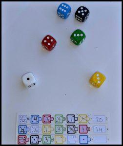 Twenty One dobbelspel White Goblin Games volwassenen kinderen tactiek spel meenemen verslavend geluk scoreblad punten getallen tussendoor scoreblokken recensie review