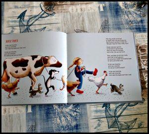 Dierenpret Nicolette Kluijver Baby- en peuterboeken Van Holkema & Warendorf versjes boerderij leerzaam dieren praten pauwenkuiken muis kippen haan boerengeit dierenfuif feestje versjesboek pluspunt detail realistische kleuren tekeningen leesplezier recensie review