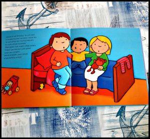 Lewis woont in twee huizen Kathleen Amant prentenboek Clavis echtscheiding scheiden uit elkaar gaan papa mama ouders ruzie schreeuwen huis wonen inpakken speelgoed kamer moeilijk missen zondag wisseldag onderwerp jonge kinderen boodschap proces recensie review